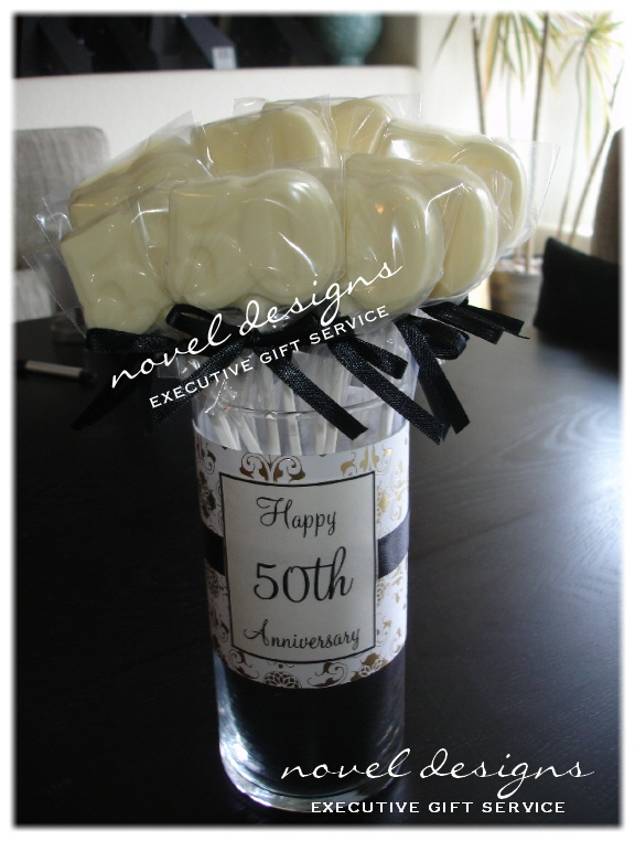 Custom 50th Anniversary Chocolate Party Favors. #50th #wedding #anniversary
