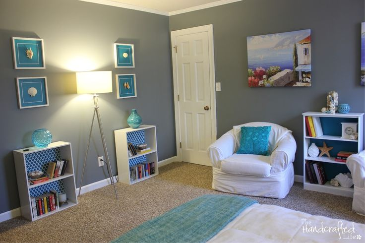 Teal, grey and white bedroom ((I love these colors!!))
