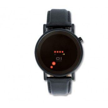 Caja de Acero inoxidable con elegante pvd negro, esfera de color negro de 39mm por 46mm y correa de piel antialérgica de color negro http://www.tutunca.es/reloj-odins-the-one-led-rojo-pvd-negro