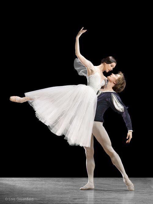 Irina Dvorovenko & Maxim Beloserkovsky, Giselle