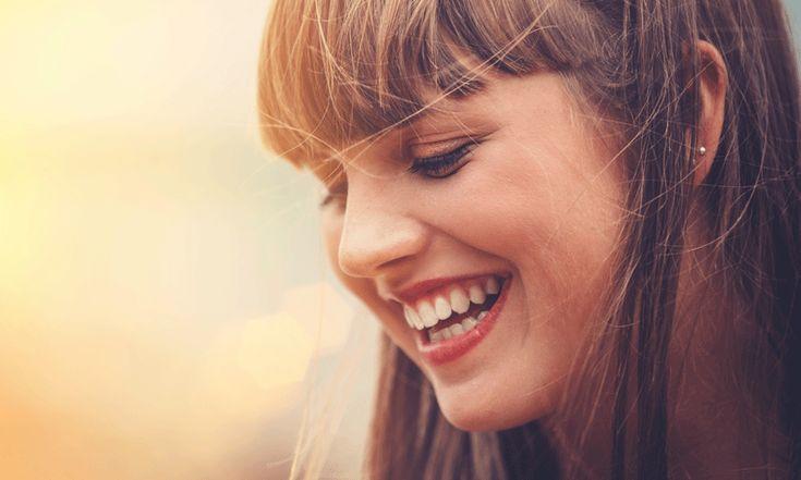 Heb jij nu het kouder wordt ook last van droge, gebarsten lippen? Met deze tip ben je er zo vanaf - en er komt geen lipbalsem aan te pas.