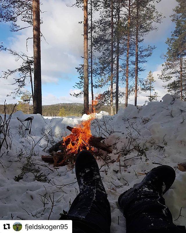 #Repost @fjeldskogen95 with @get_repost  Bålkos  . . . . . #reiseliv