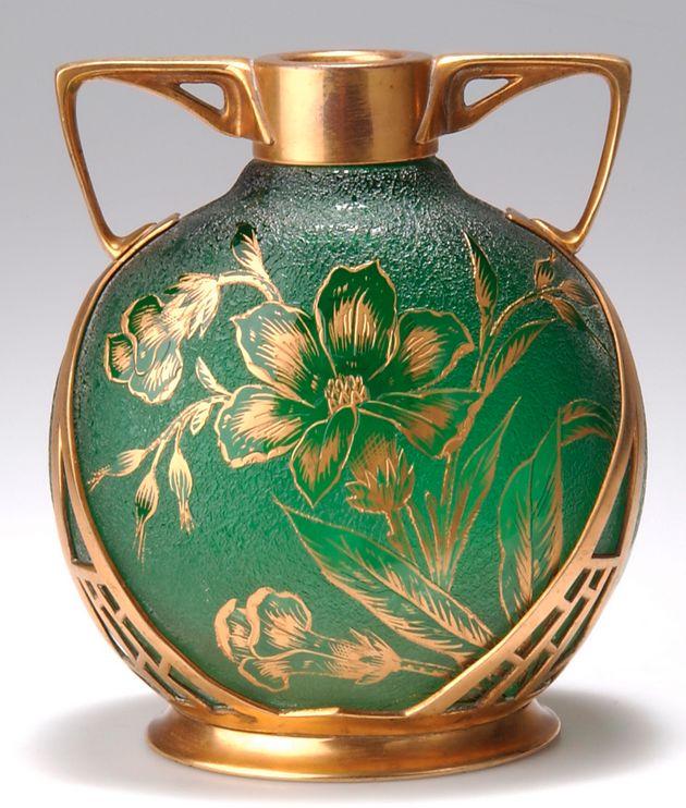 Brüder Rachmann, Art Nouveau glass vase, acid-etched and gilt floral design in the Japanese taste, c. 1900, frame manufactured by Carl Deffner, Esslingen, Germany, 17 cm h.