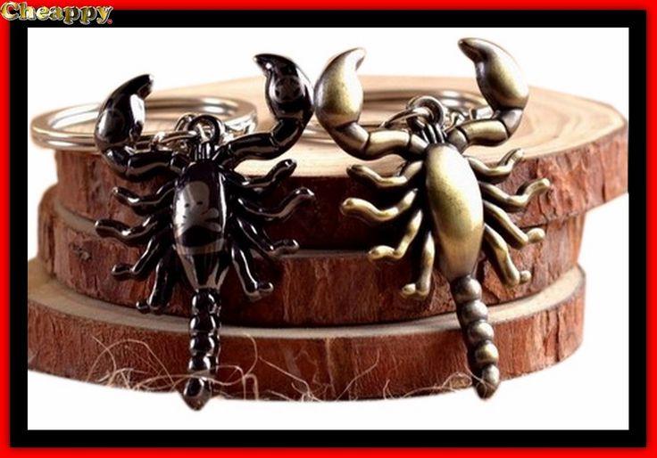 Schorpioen Sleutelhanger doodshoofd en bronskleur