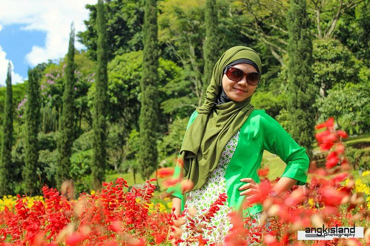 The Sexy Hijab and Fresh Nature