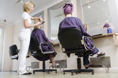 How to Build and Keep a Clientele in the Salon Industry #HairBizTips