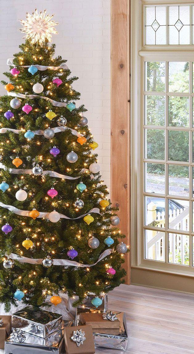 Como Poner La Cinta En El Arbol De Navidad 10 Ideas Magnificas Pinos De Navidad Arboles De Navidad Decorados Decoracion Arbol De Navidad