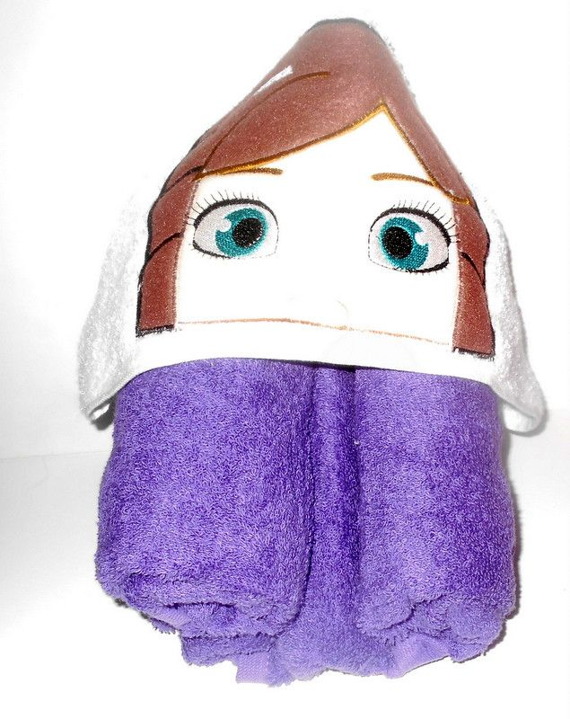 Disney Frozen Anna Hooded Towel