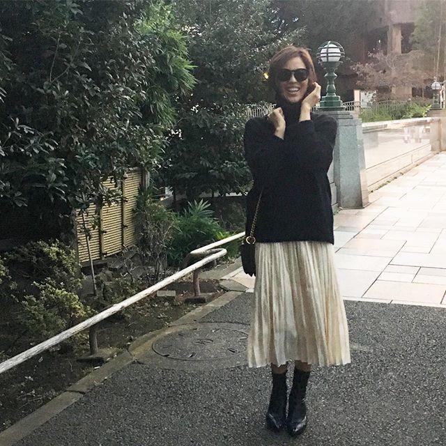 #skirt @dressterior_official  #knit @galerievie_jp  #bag @marni  #boots @bottegaveneta