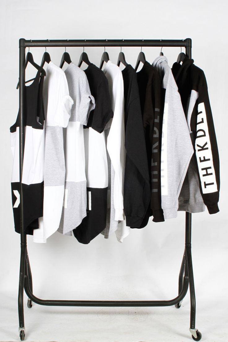 Best kleiderstange kleiderschrank schwarz weiss bekleidung rollen minimalistisch modern