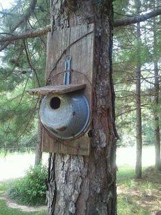 nichoir à oiseau artisanal                                                                                                                                                                                 Plus