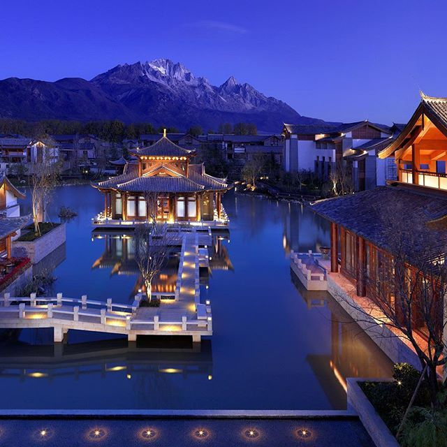 Lijiang, China is an exceptional ancient city with historic architecture that fuses cultural traditions that first began in the 13th century. Grand Hyatt Lijiang sits at the foot of the Jade Dragon Snow Mountains in the heart of this unique landscape.