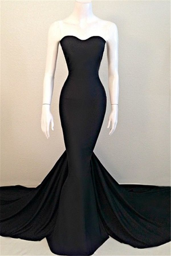 Elegant black strapless dress