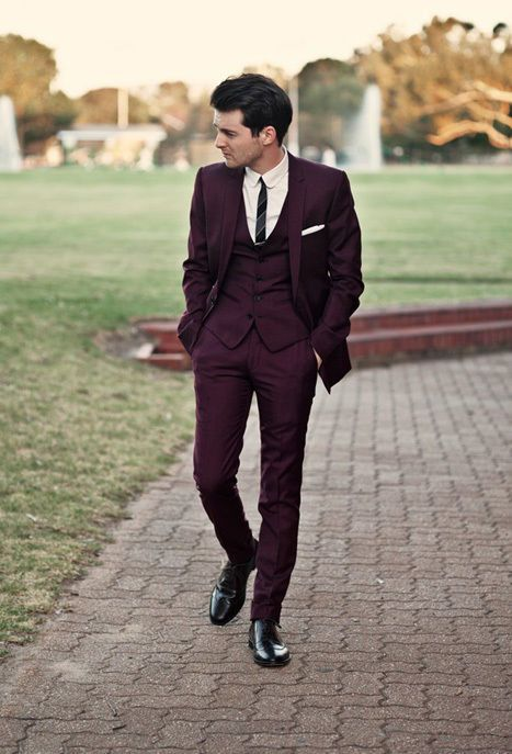 Forget the black, navy, and gray suits at the shop. Fall is the ideal season to bring out a more interesting and vibrant hue: maroon. Whether you decide to go all in with a suit or choose to accessorize with maroon details, you can't go wrong with this hot color.