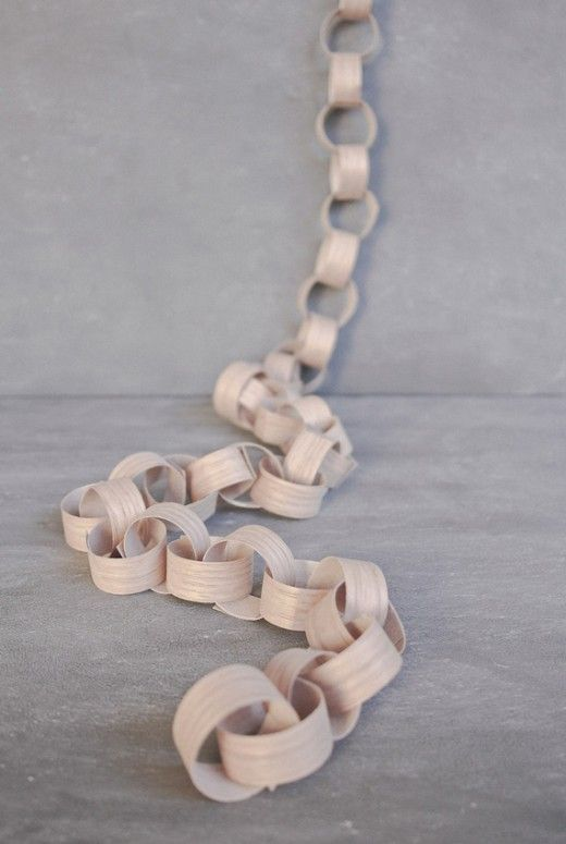 DIY Veneer wooden chain for Christmas by A Subtle Revelry