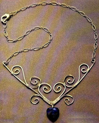 Mount Jewelry - How to Make and Sell, Step by Step, Ideas and More!: How to make a vintage necklace of copper wire? Easy! View as: