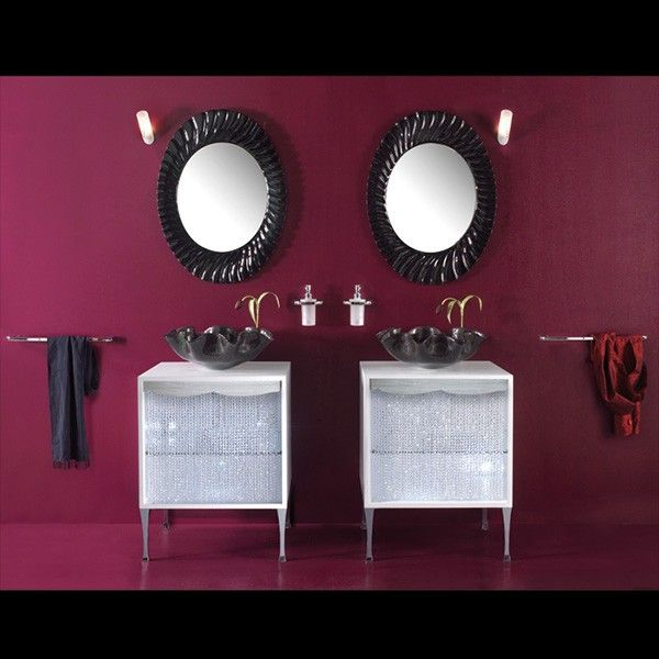 Bathroom Design Idea from Italy House Design - it's all about accessories! - Best 25+ Burgundy Bathroom Ideas On Pinterest Burgundy Room