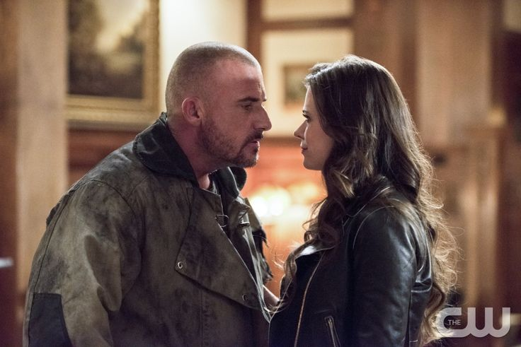 """The Flash -- """"Rogue Time"""" -- Image FLA116A_0530b -- Pictured (L-R): Dominic Percell as Mick Rory/Heat Wave  and Peyton List as Lisa Snart -- Photo: Dean Buscher/The CW -- © 2015 The CW Network, LLC. All rights reserved.pn"""