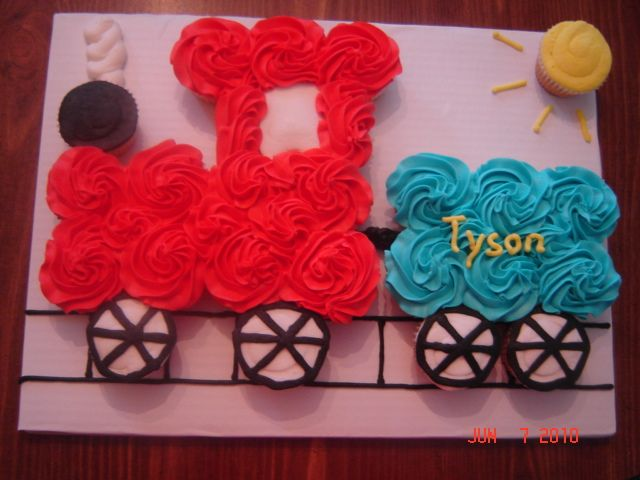 Cupcake Train - cupcake train made with 25 cupcakes, thanks for looking