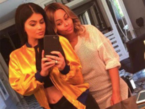 Blac Chyna Calls Kylie Jenner Her 'Lil... #BlacChyna: Blac Chyna Calls Kylie Jenner Her 'Lil Sis'&'Best Friend' #BlacChyna… #BlacChyna