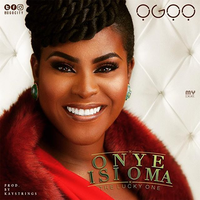 REVIEW | Ogoo | Onye Isi Oma (The Lucky One) | #Nigeria #AfroPop #RnB | Some tracks run out of steam after the 3 minute mark not this one!   The song starts of with a gentle rhythm guitar and beat which are smoothly picked up by Ogoos voice as she leads us into the song proper. Ogoos vocal tone is confident and tuneful. Even at high pitches her vocal quality retains its consistency. There is no mistaking in the feeling she puts into her performance.   Lyrically the song is meaningful…
