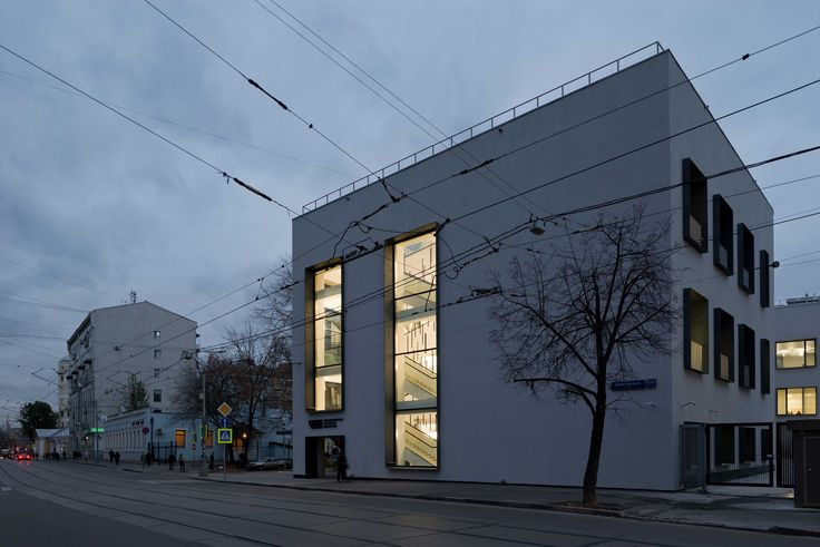 Gallery of Reconstruction of Soviet Factory for a Business Centre / kleinewelt architekten - 7