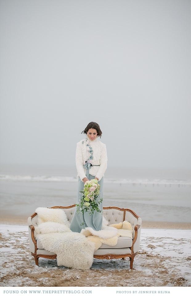 Winter white wedding | Photo: Jennifer Hejna