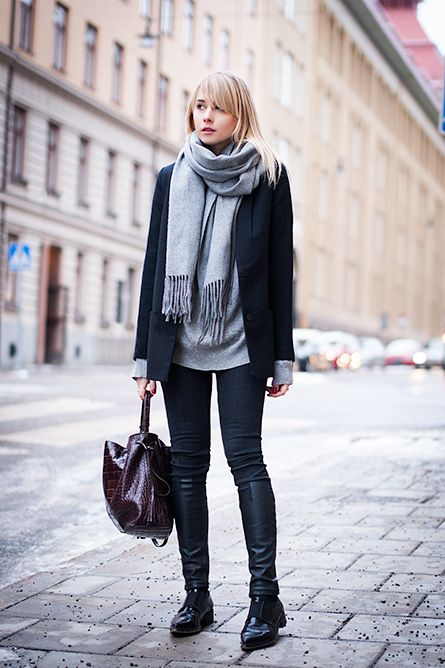Traveling? 25 Comfy-But-Cute Outfits to Wear on thePlane | StyleCaster