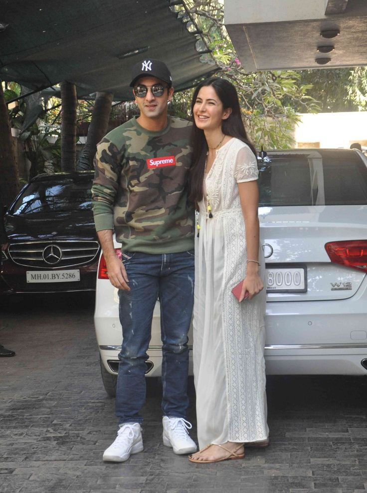 Katrina Kaif spends time with boyfriend Ranbir's cousins ...