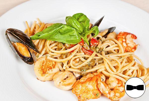 Deliziati con i piaceri della tavola e della cucina locale! Genuinità e bontà sono a portata di un click!