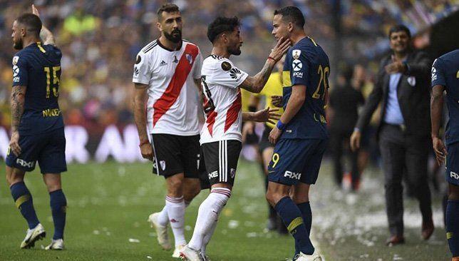 رسميا نهائي كأس ليبرتادوريس لن يلعب في الأرجنتين كشف اتحاد امريكا الجنوبية لكرة القدم كونميبول اليوم الثلاثاء عقب الاجتماع الذ Jersey Sports Sports Jersey