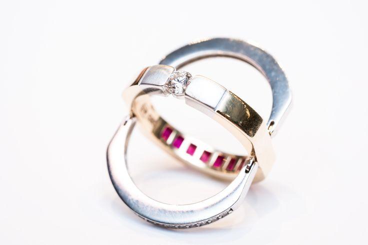 One jewell, two gems in your favourite colours – only in our jewellery.  Find us in Štupartská street, Prague. Jeden šperk, dva drahokamy ve vašich oblíbených barvách - pouze u nás ve Štupartské ulici, Praha.    #Ring #Engagement #PragueGarnetCenter #Jewellery #Prsten #Prstýnek #Zásnuby #Šperk