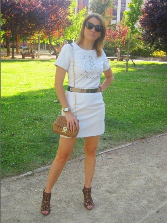 EL ARMARIO DE UNA SHOPADDICT BY PATRIORO: LOVE WHITE DRESS