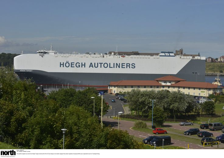 Port of Tyne welcomed the worlds largest car carrier Hoegh Target