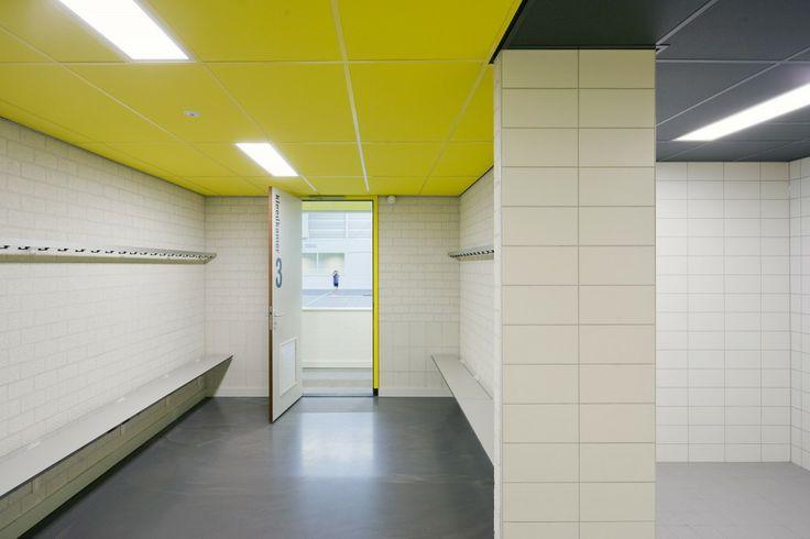 Sports Hall 'De Smeltkroes' Liessel / Slangen + Koenis Architects