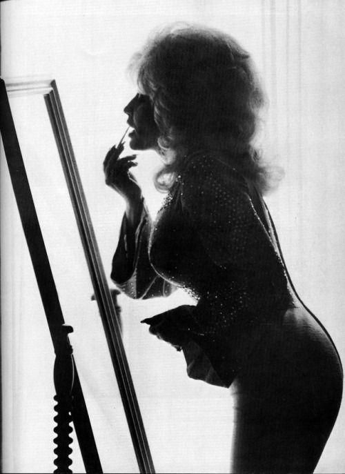 """classyartgallery:  """" Dolly Parton, Nashville, 1976  by Harry Benson  """""""