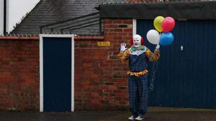 Clown Sightings Marak Menjelang Halloween, Lebih Serem Badut Apa Mantan Guys?