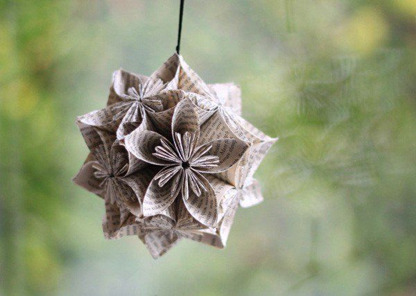 origami flower ornament from 40 Origami Flowers You Can Do  ...  upcycled book paper ...