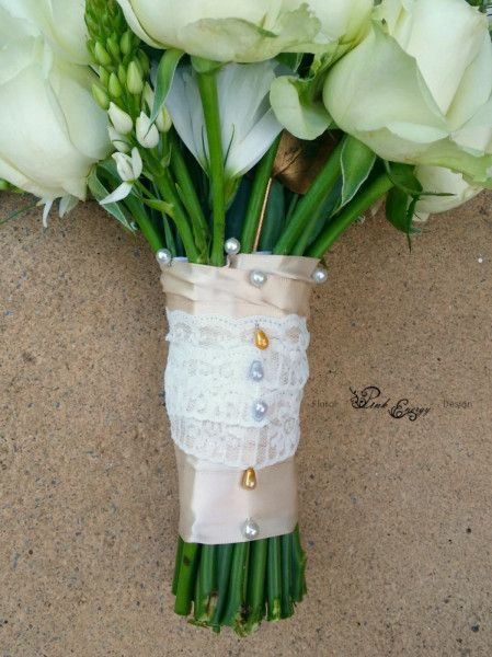 Ribbon and lace detail. Floral Design  by www.pinkenergyfloraldesign.co.za