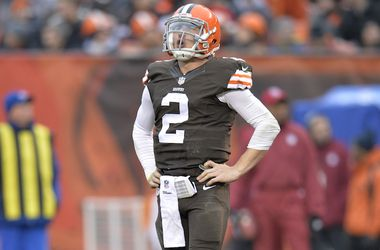 Michael Irvin thinks the Dallas Cowboys can help save Johnny Manziel's career and life, and he wants to help the process.
