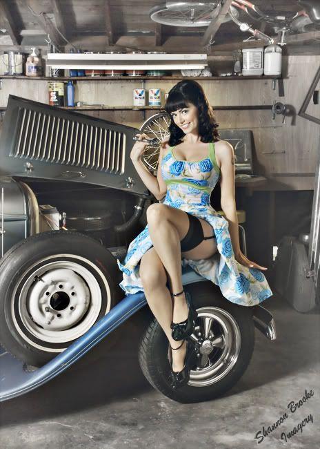 Naked pin up girls cars