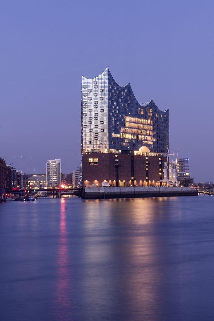 Hamburg Foto Elbphilharmonie Blaue Stunde