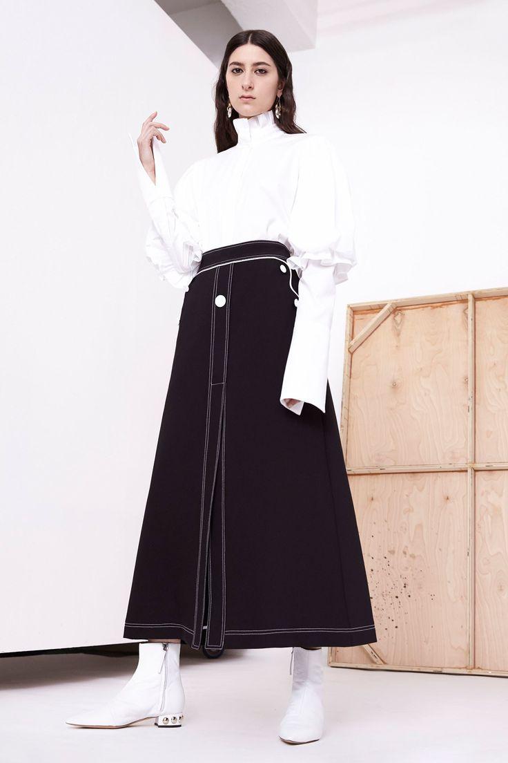 http://www.vogue.com/fashion-shows/resort-2018/ellery/slideshow/collection?mbid=social_pinterest