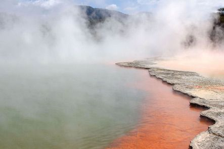 AUCKLAND TO ROTORUA PRIVATE LUXURY TOURS. On our private Auckland to Rotorua Luxury Tour we journey through the beautiful countryside of the Waikato Region to see the many famous attractions in Rotorua. TIME UNLIMITED TOURS.