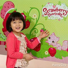The birthday berry and her friends will have loads of fun with this Strawberry Shortcake game! Add a blindfold to up the fun!
