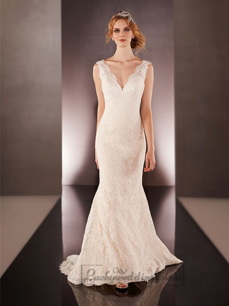 Lace Straps V-neck Lace Wedding Dresses with Low V-back