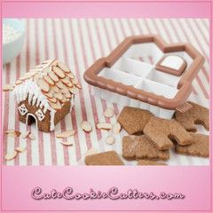 View 3D Mini Gingerbread House Cookie Cutter in detail