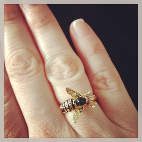 Bee Ring! Call A1 Bee Specialists in Bloomfield Hills, MI today at (248) 467-4849 to schedule an appointment if you've got a stinging insect problem around your house or place of business! Visit www.a1beespecialists.com for more information!