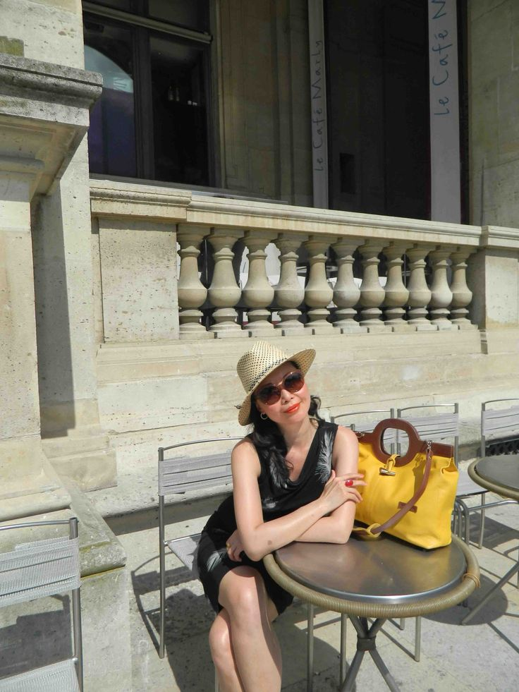 There I was! Enjoying the sunshine and practicing my 'Bonjour!' in Paris 2011. This dress was one of the gifts from my former lover when we went to Hong Kong for a shopping trip in the …