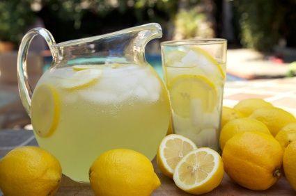 classic #lemonade #recipe via blog.golbsalt.com
